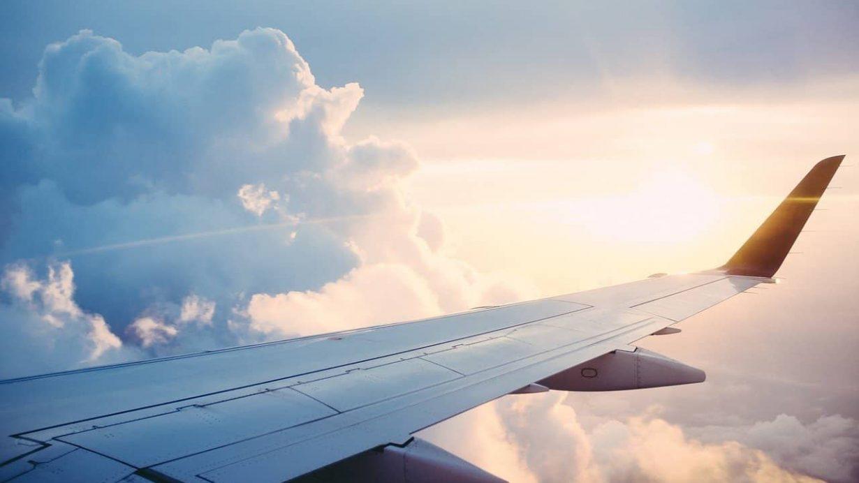 Lot do Moławii